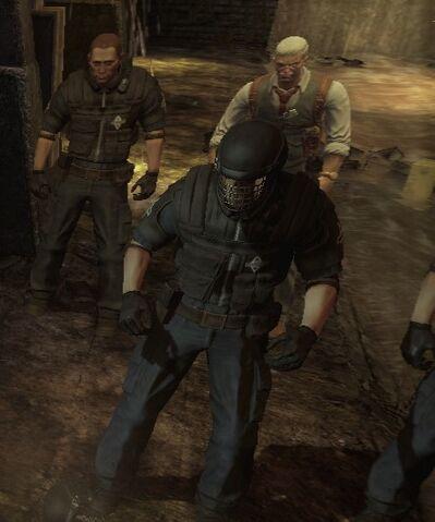 File:Guards with Gordon Arkham1.jpg