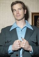 Rob Huebel2