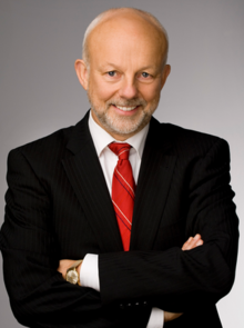 File:Christopher Gaze.png