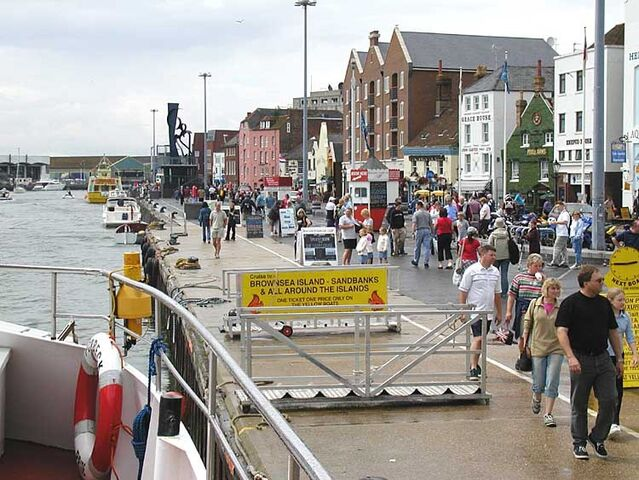 File:Poole.quay.750pix.jpg