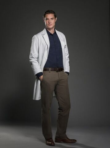 File:Evan-season1-promo-pic.jpg