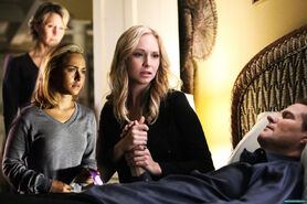 S3-watching-her-father-die