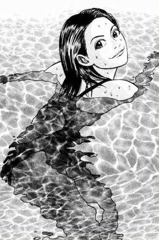 File:Izumi Swimming.JPG