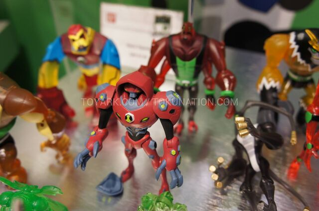 File:Toy-Fair-2013-Bandai-Ben-10-Omniverse-53 1360522491.jpg