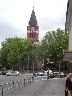 Lankwitz Kirche01.jpg