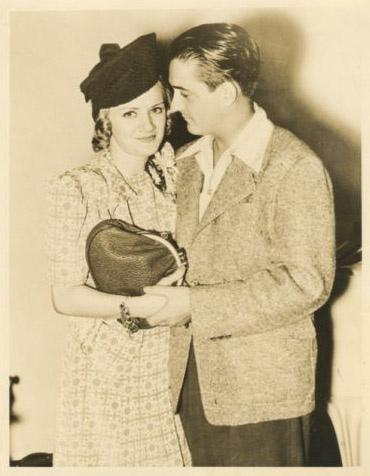 File:Margie Hines & Husband Popeye Mercer.jpg
