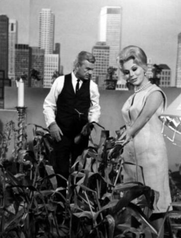 File:Eddie Albert Eva Gabor Green Acres 1965.JPG