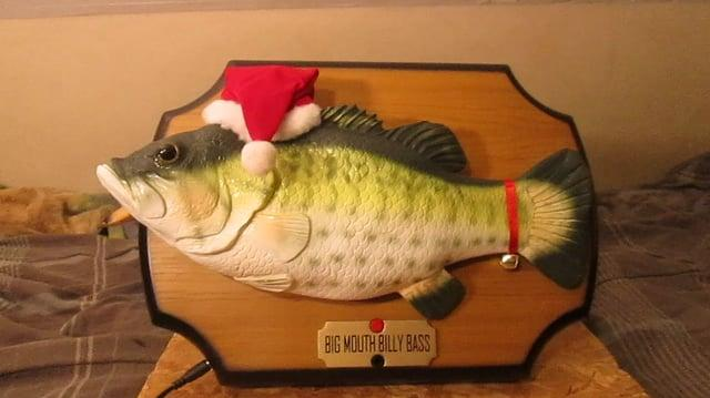 """Gemmy Big mouth Billy Bass Sings """"T'was the night before Christmas""""-0"""
