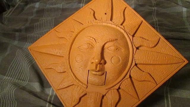 Rare Gemmy Singing Sunshine plaque