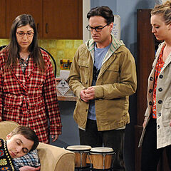Sheldon falls asleep at Amy's and Penny and Leonard come over to pick him up.