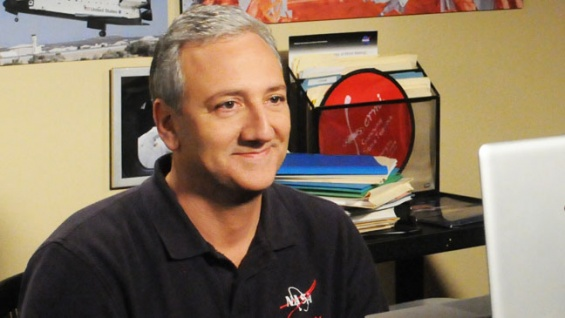 File:Mike Massimino.jpg