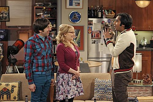 File:The Transporter Malfunction - Raj, Howard and Bernadette.jpg