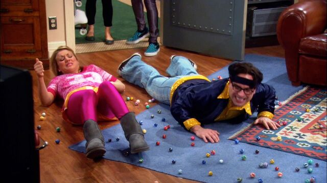 File:10Leonard and Penny slipped on marbles.jpg