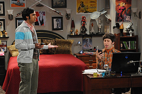 File:S5EP15 - Howard and Raj.jpg