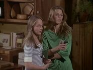 The.Bionic.Woman.S03E16.DVDrip.XviD-SAiNTS.avi 002566040