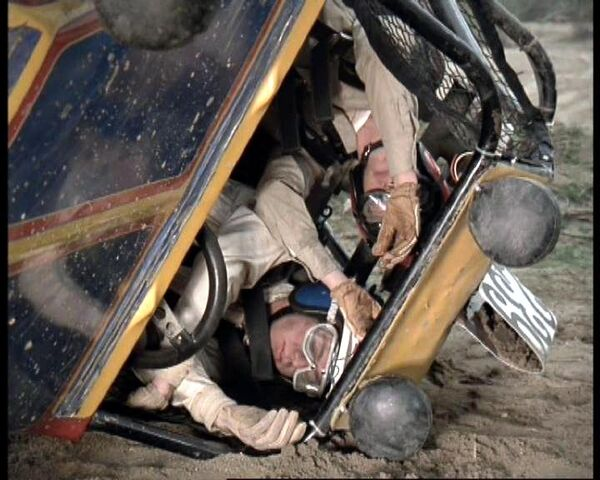 File:Jaime sanders crash.jpg