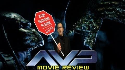 At The Movies - AVP Alien vs. Predator (2004)
