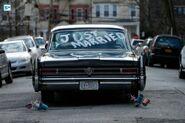 3x18 - 2 - Wedding Car