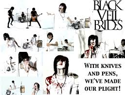 File:Knives and pens.jpg