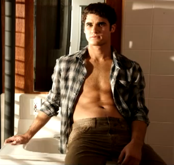 File:DarrenSexy2.png