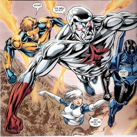 File:Captain Atom-10.jpg