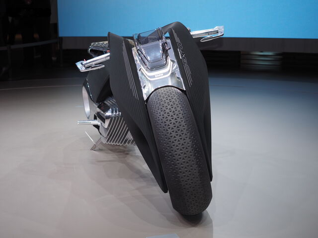 File:BMW Motorrad Vision Next 100-04.jpg