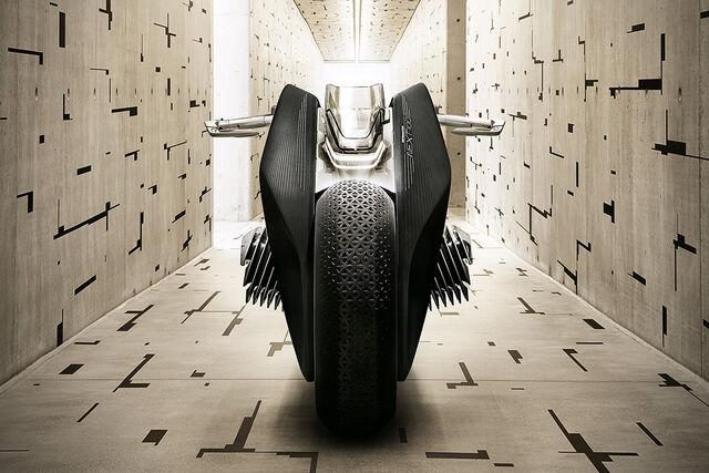 File:BMW Motorrad Vision Next 100-07.jpg