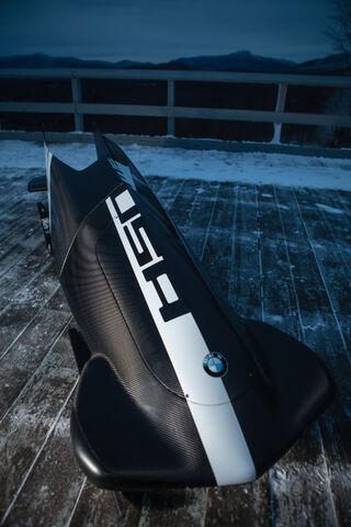 File:BMW 2M Bobsled-02.jpg