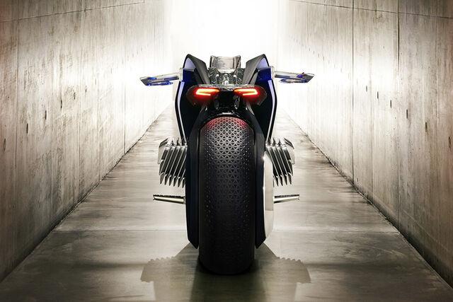 File:BMW Motorrad Vision Next 100-09.jpg