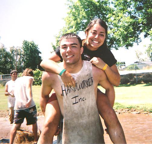Bub & Jena mud vball