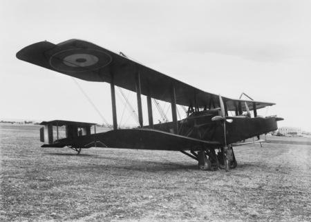 File:Handley Page 0-400 No 1 Sqn AFC Haifa 1918.jpg