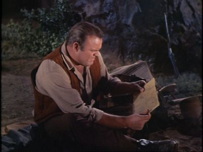 File:Normal Hoss and a map.jpg