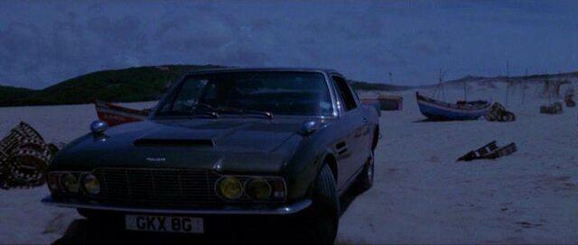 Datei:1 Aston Martin DBS.jpg