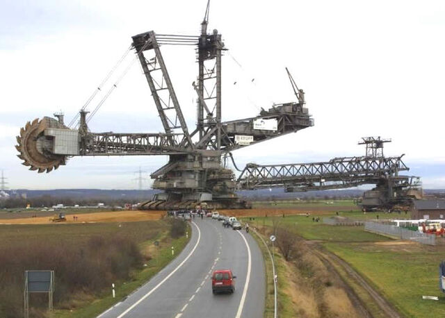 File:Worlds largest excavator.jpg