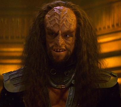 File:Klingon helm officer.jpg