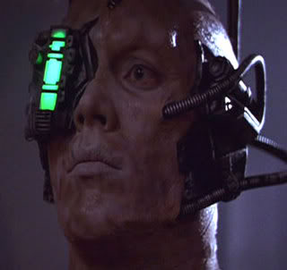 File:Borg protecting engineering.jpg