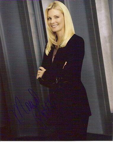 File:Monica Potter as Lori Colson.jpg