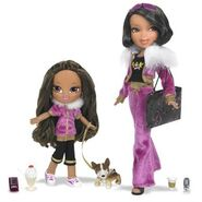 Bratz World Familiez Yasmin & her mom Portia Dolls