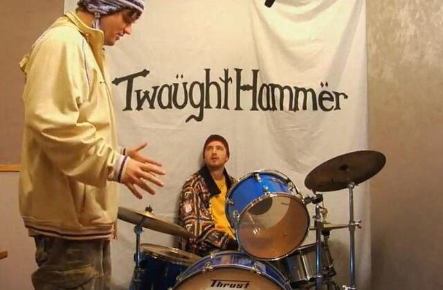 File:Twaughthammer3.JPG
