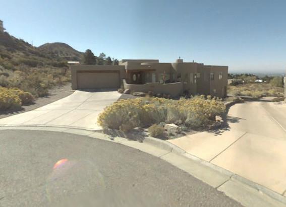File:Schrader Residence.jpg