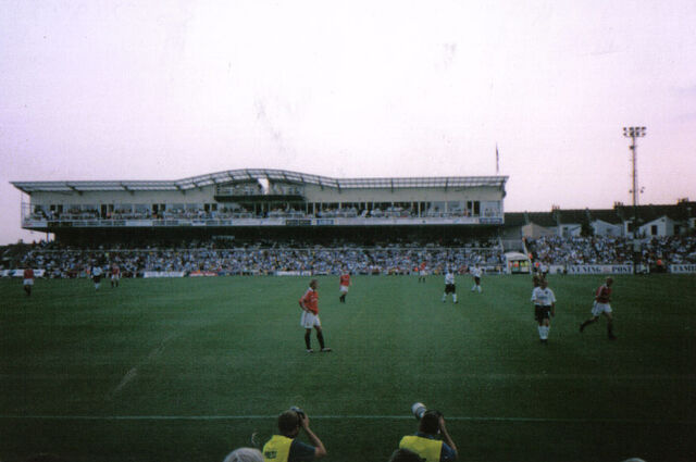 File:Memorial Stadium (Bristol).jpg