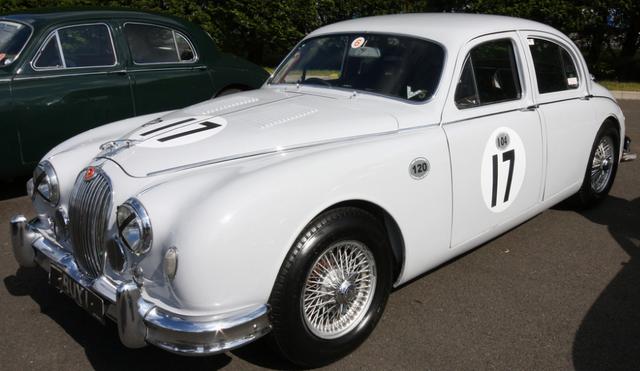 File:Jaguar Mk II.png
