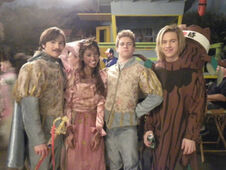 @ashleyargota9 Hope you all enjoyed our musical!! )))httptwitpic
