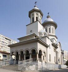 Biserica-sfantul-antonie-colentina-1.jpg