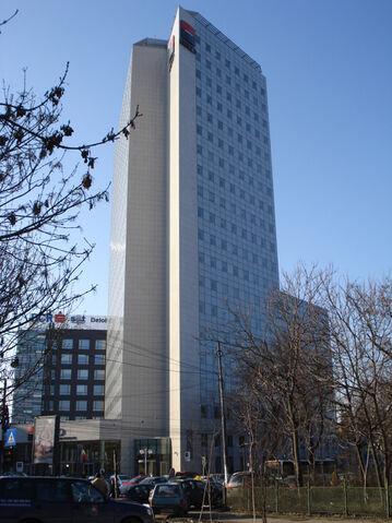 Fișier:Turnul BRD.jpg