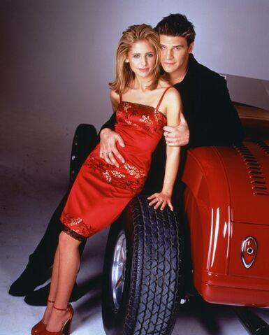 File:Buffy and ange 2.jpg