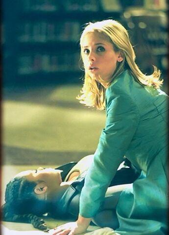 File:Buffy becoming part 1 episode still.jpg