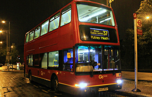 File:37 at Putney Heath.png