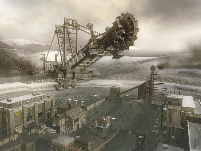 File:Vorkuta Coal machine.JPG