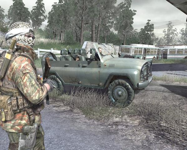 File:Disguised Gaz walks toward Viktor CoD4.png